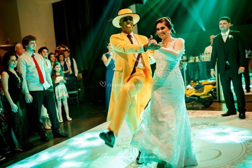 Dança com a noiva