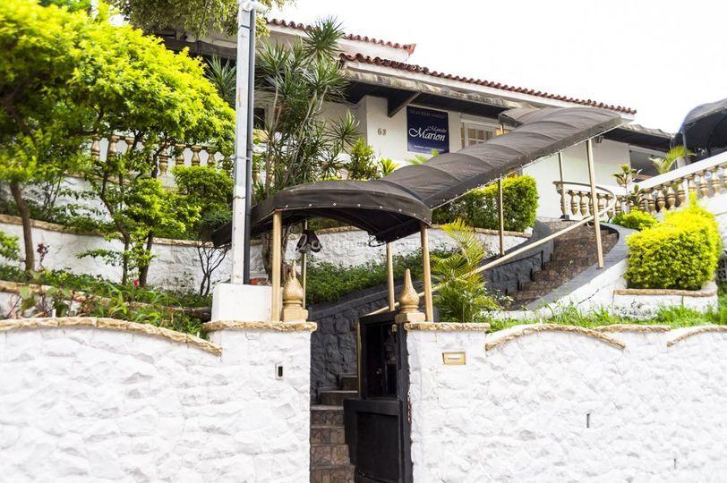 Entrada mansão 1