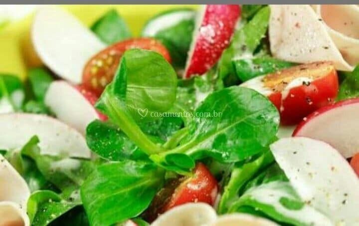 Salada composta individual