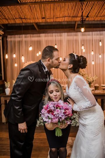Um Beijo para celebrar o AMOR
