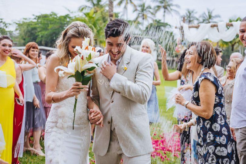 A alegria dos noivos!