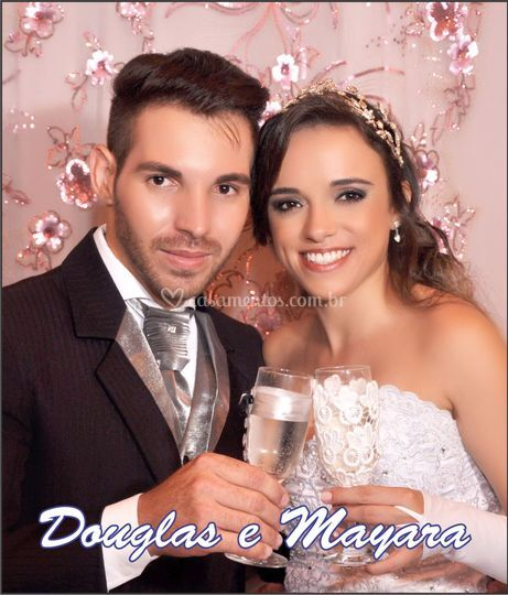 Douglas e Mayara