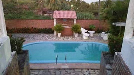 A área da piscina