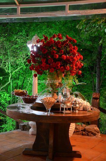 Mesa de chocolate e licor
