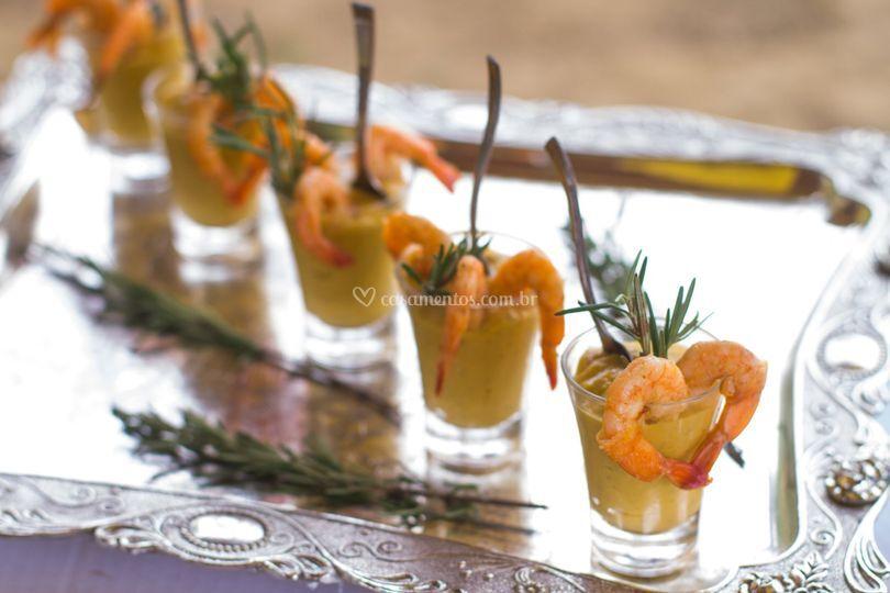 Mini coquetel de camarão