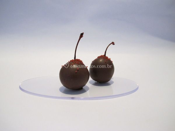 Bombons trufados de cerejas