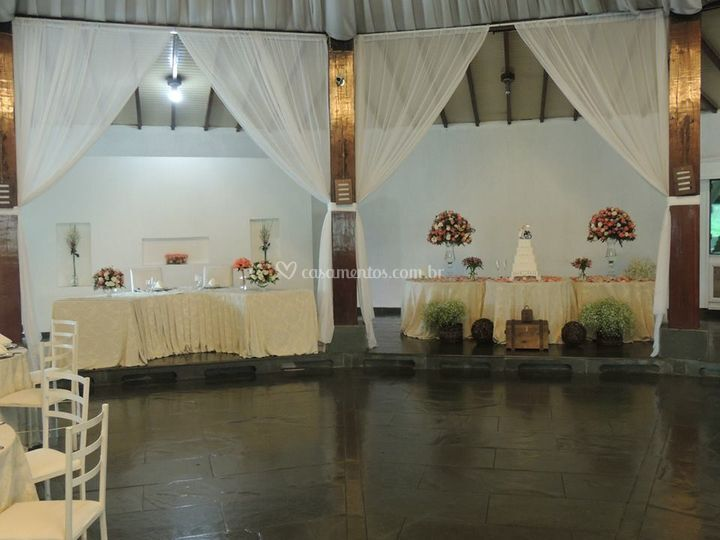 Mesa da noiva e de doces