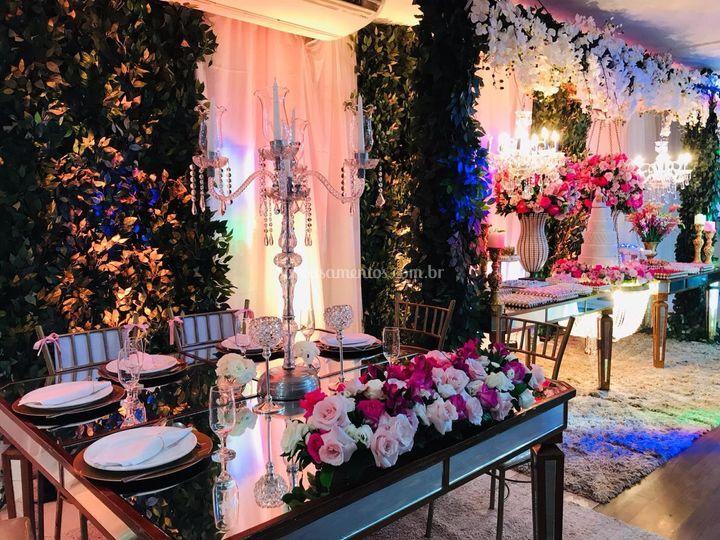 Mesa noivos e doces