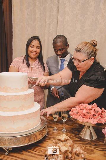 Bolo da noiva era verdadeiro