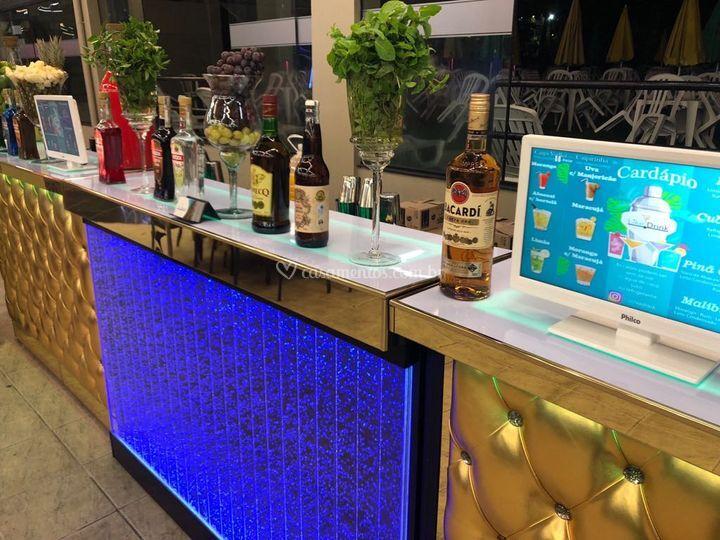 Bar dourado + bolha show