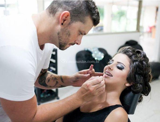 Processo de maquiagem