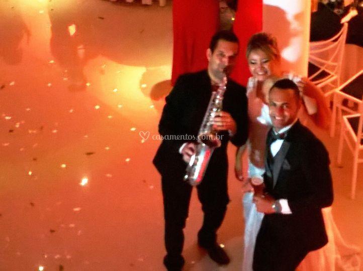 Saxofone no coquetel