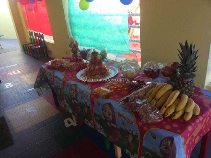 Buffet de frutas para escolas
