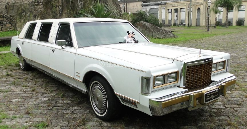 Limousine Lincoln Continental