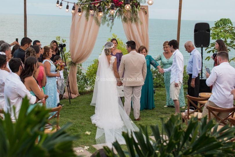 Casamento de frente para mar