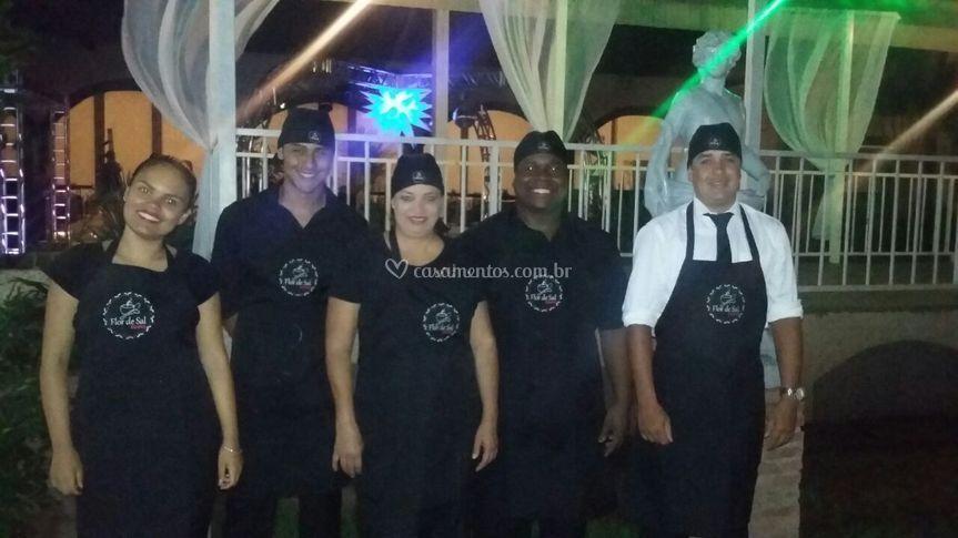 Equipe Flor de Sal Buffet.