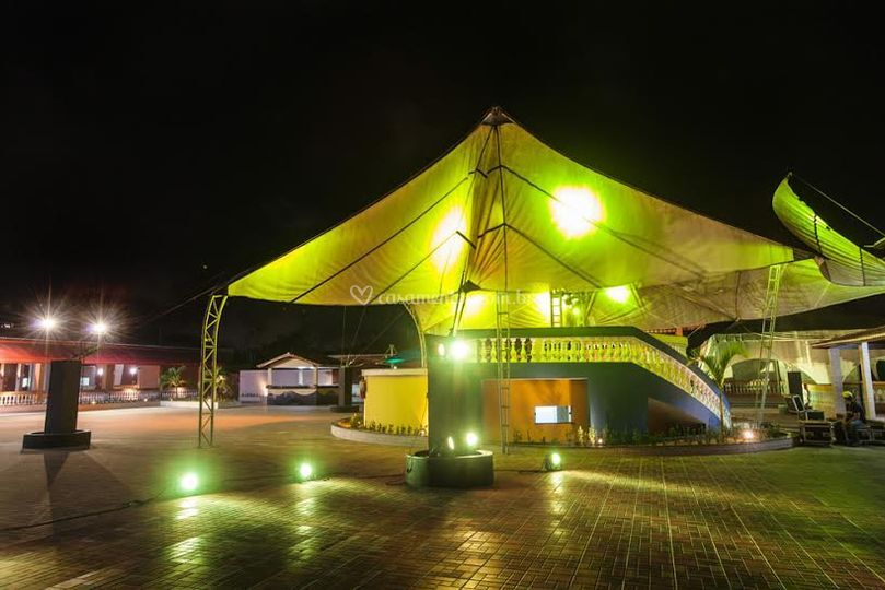 Tenda multimídia