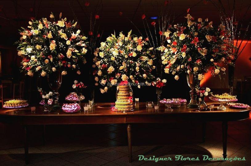 Mesa do bolo de noiva
