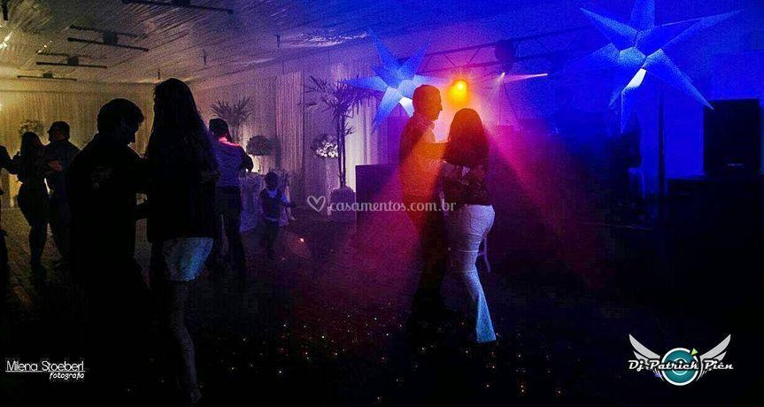 Sonorização, Iluminação, DJ