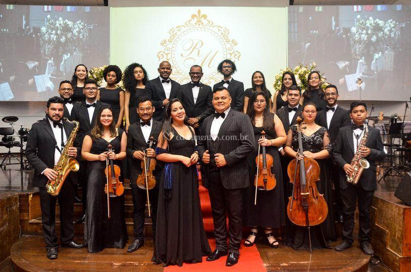Coral e orquestra INcantus