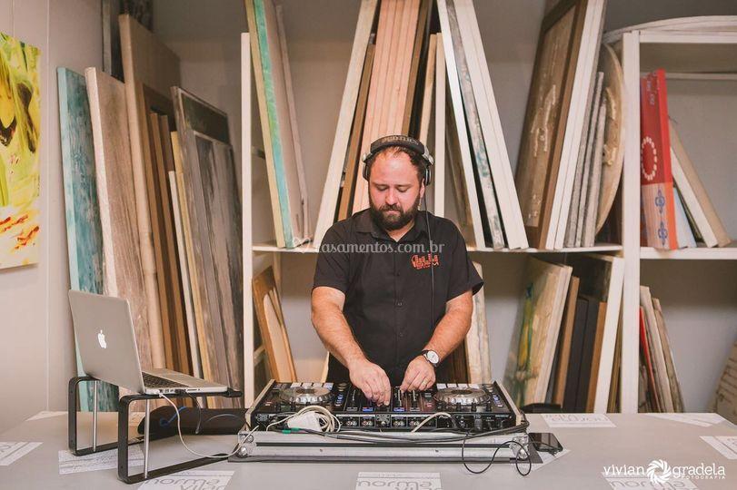DJ Thiaguinho