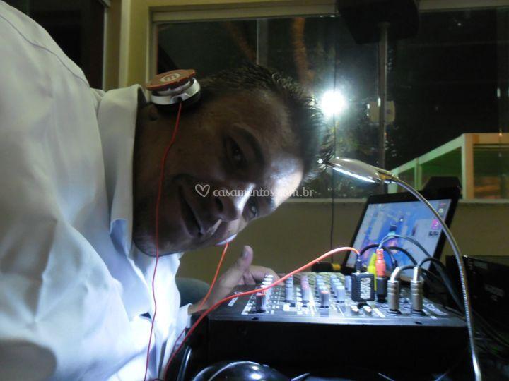 DJ e VJ Márcio Black