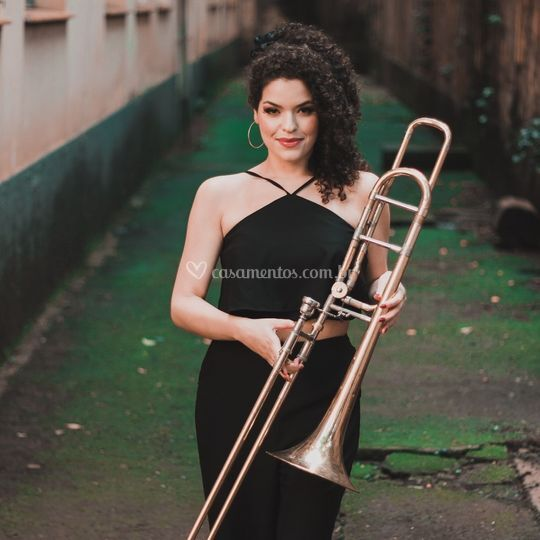 Inaê Cantora e Trombonista