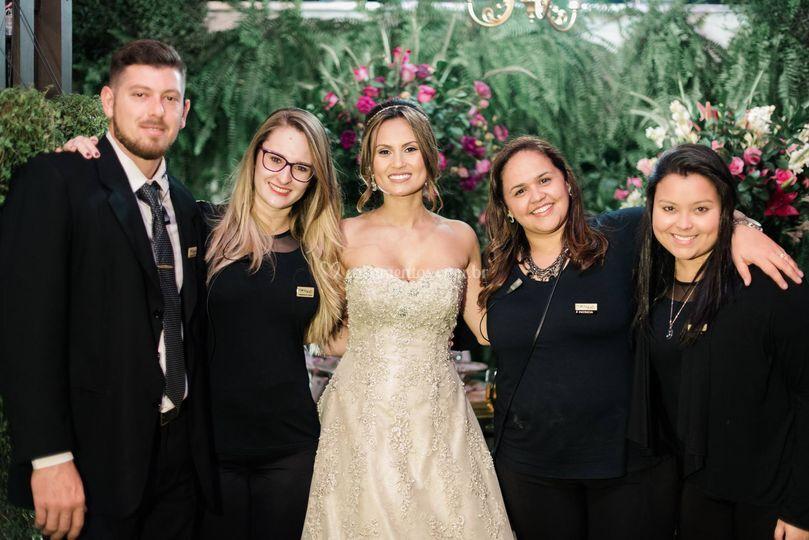 Noiva com equipe
