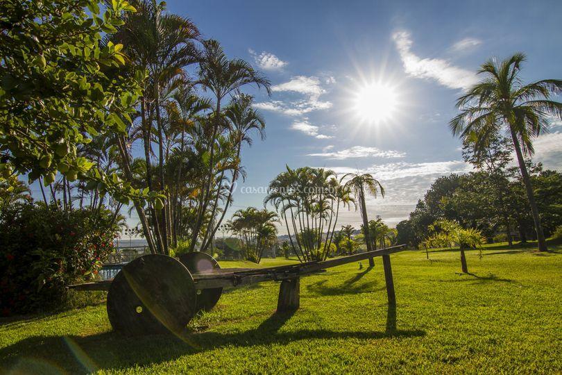 Jardim 14000 m²