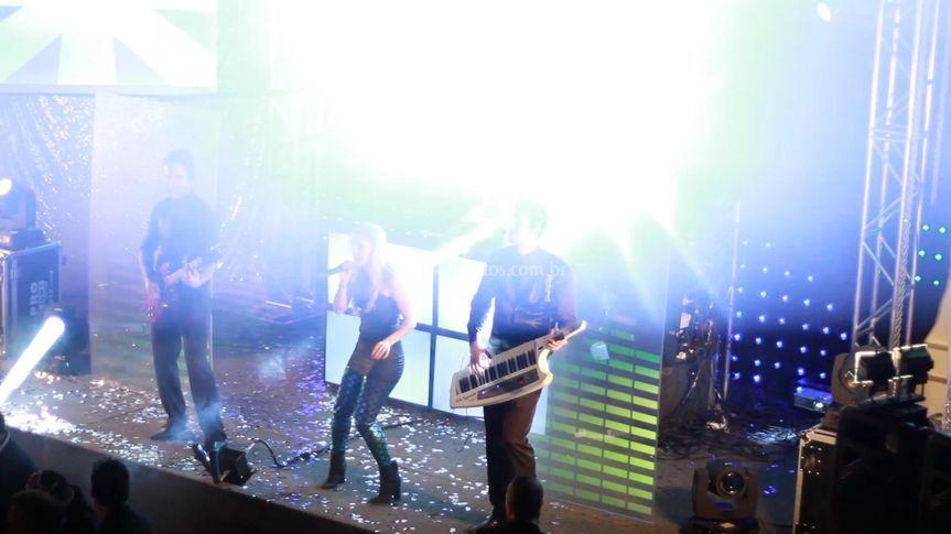 LR Live