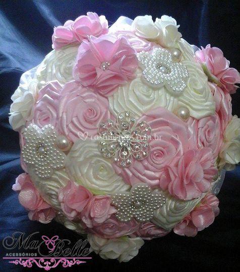 Buquê flores de fita