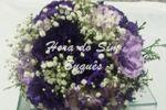 Buquê de noiva roxo e lilás