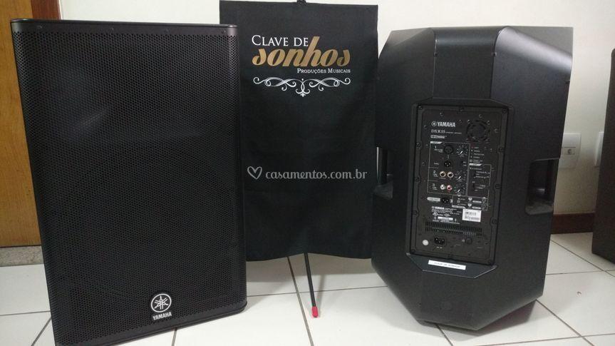 Caixas de Som Yamaha DXR15