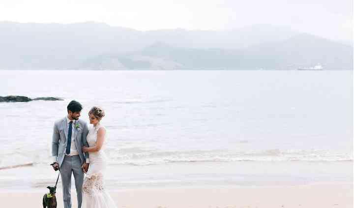 Vem casar com o pé na areia!