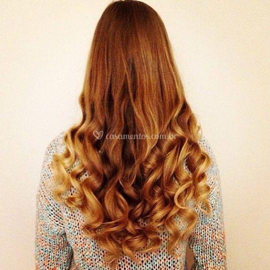 Um girassol nos seus cabelos