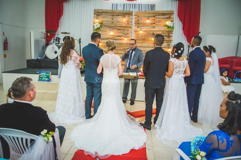 Casamento Coletivo 4 casais