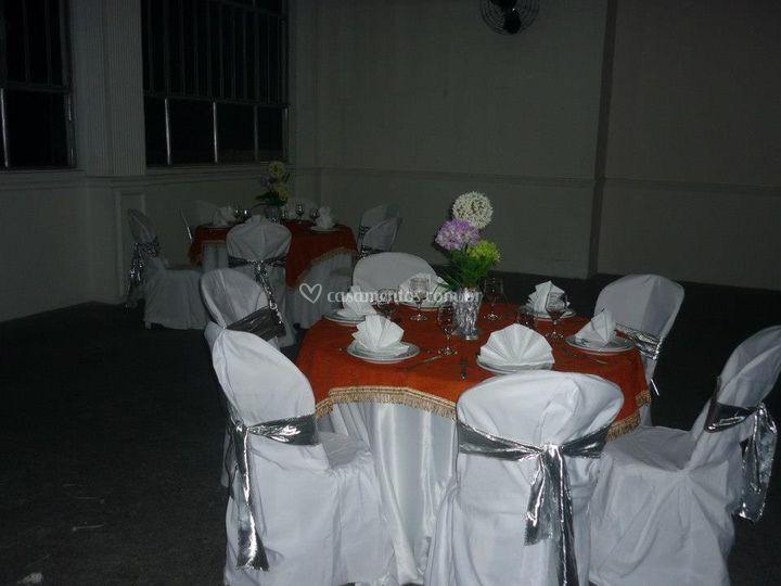 Material mesa e cadeira