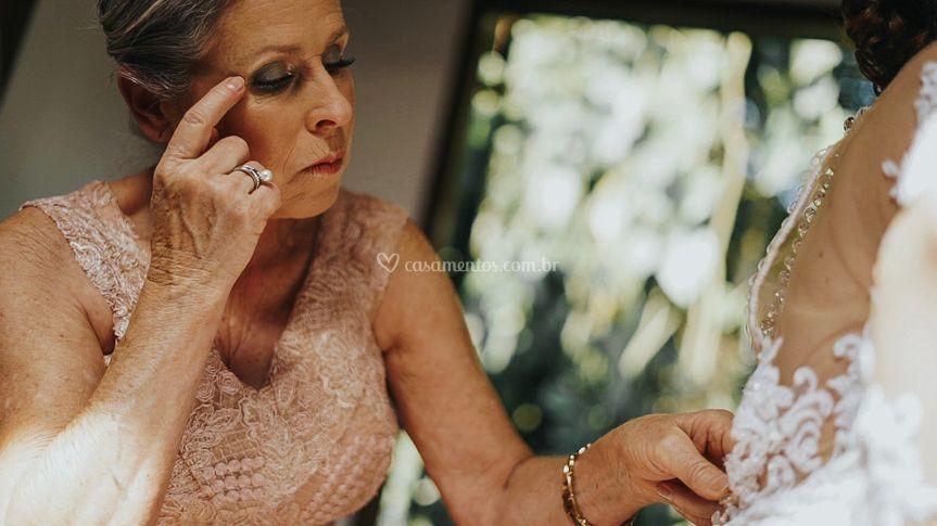 Mamis e finalização do vestido