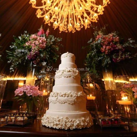 Bolo casamento luxo