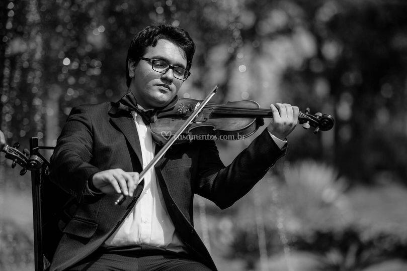 Violinista: Leandro Chagas