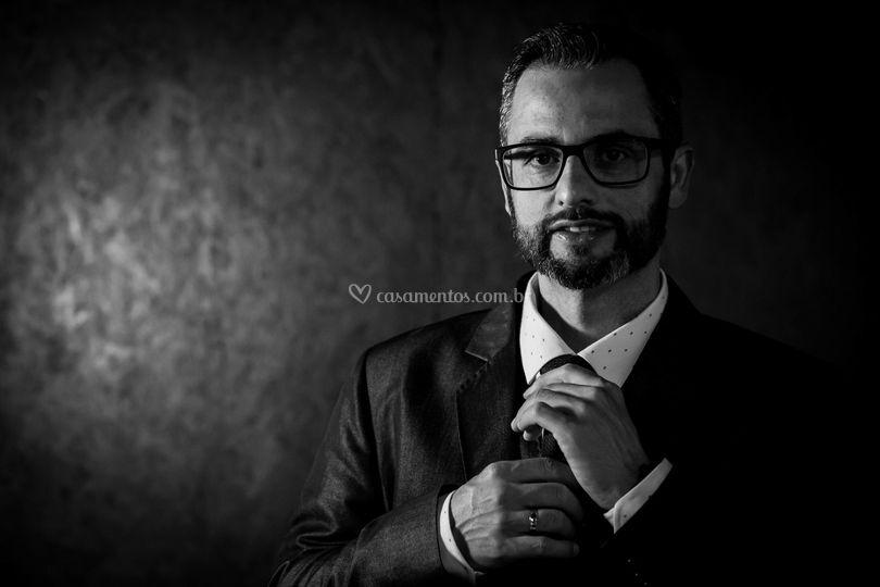 Thiago Aguiar - Cantor Cerimonial