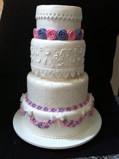 Divine Cake Designs Dorado : Bolos personalizados de Bolos Divine Cake Design Foto 15
