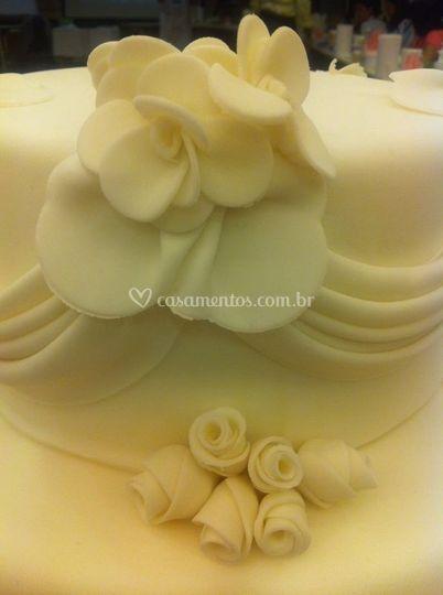 Divine Cake Designs Dorado : Bolos em pasta americana de Bolos Divine Cake Design Foto 22
