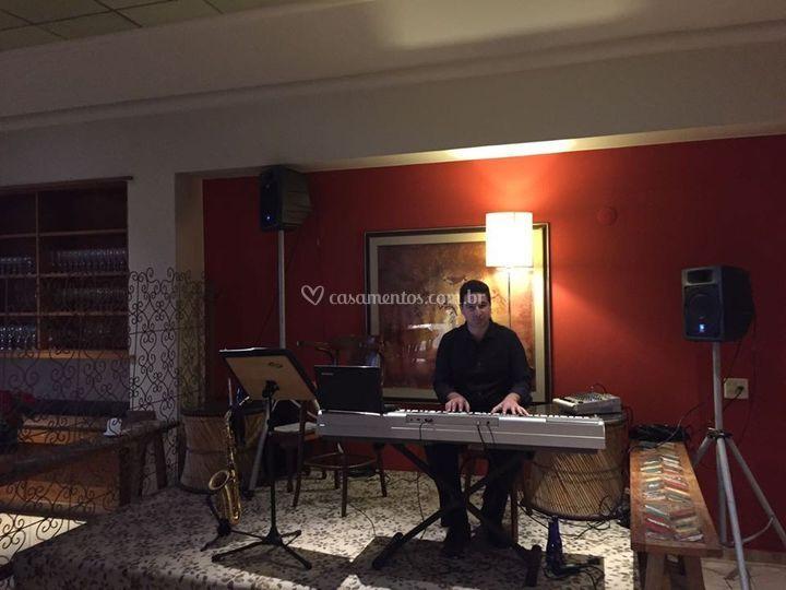 Jantar com Piano