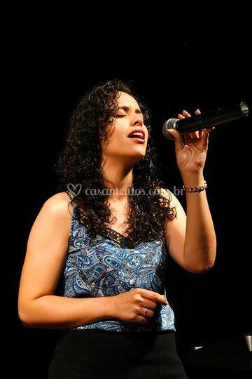 Cantora Fabiana Garcia