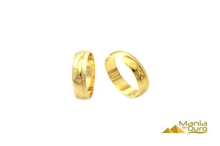 Aliança em ouro amarelo