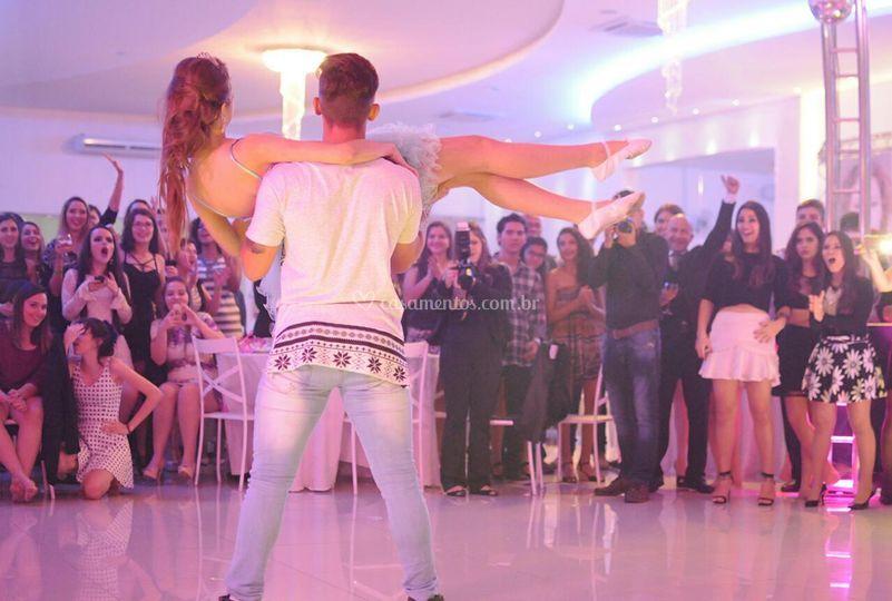 Debutante e Dançarino