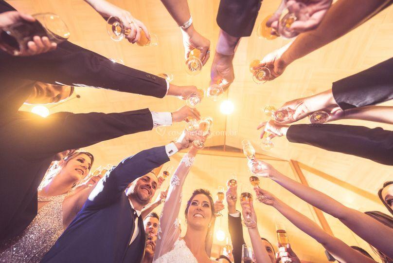 Brinde noivos e padrinhos