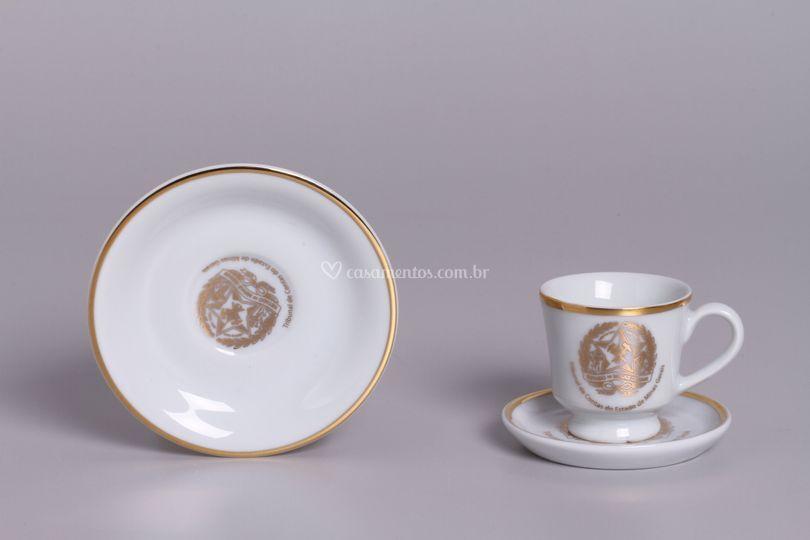 Xicaras porcelana Ouro