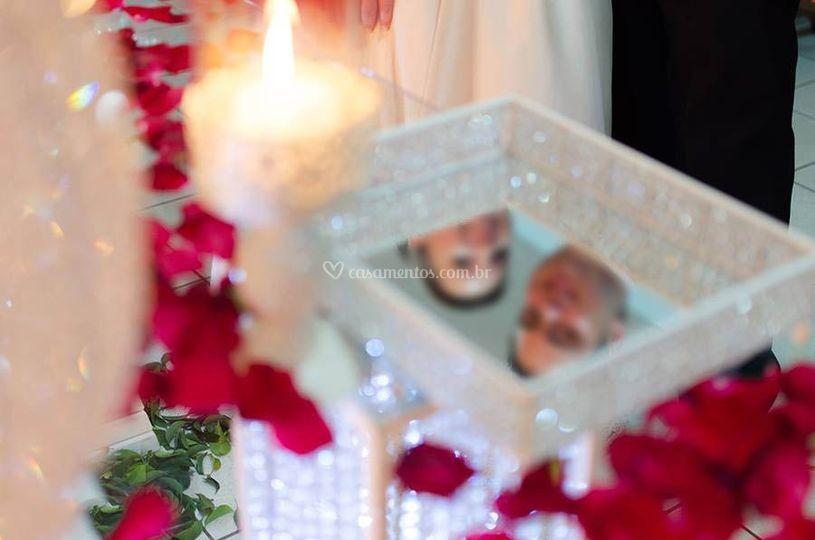 Noivos após ritual das velas